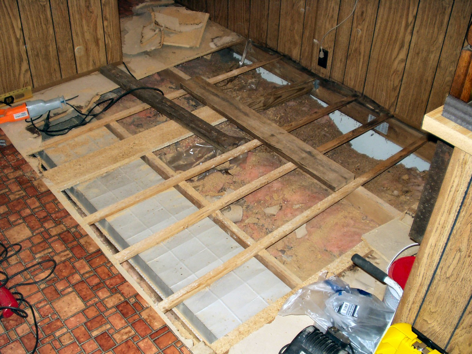 Repair about ready for new floor tyukafo