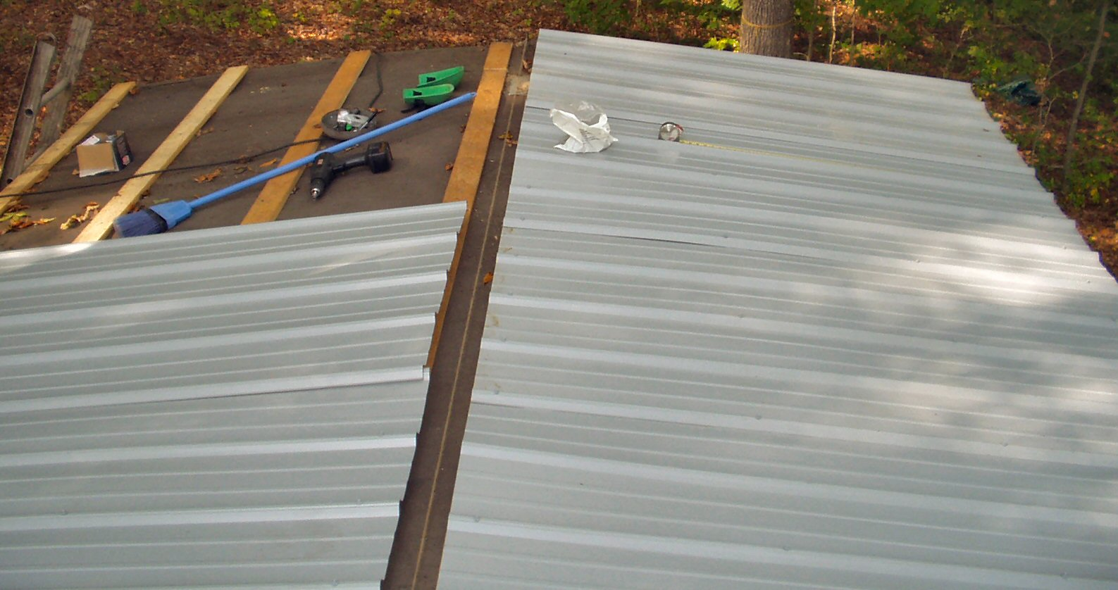Metal Trailer Roofs : Metal roof put mobile home
